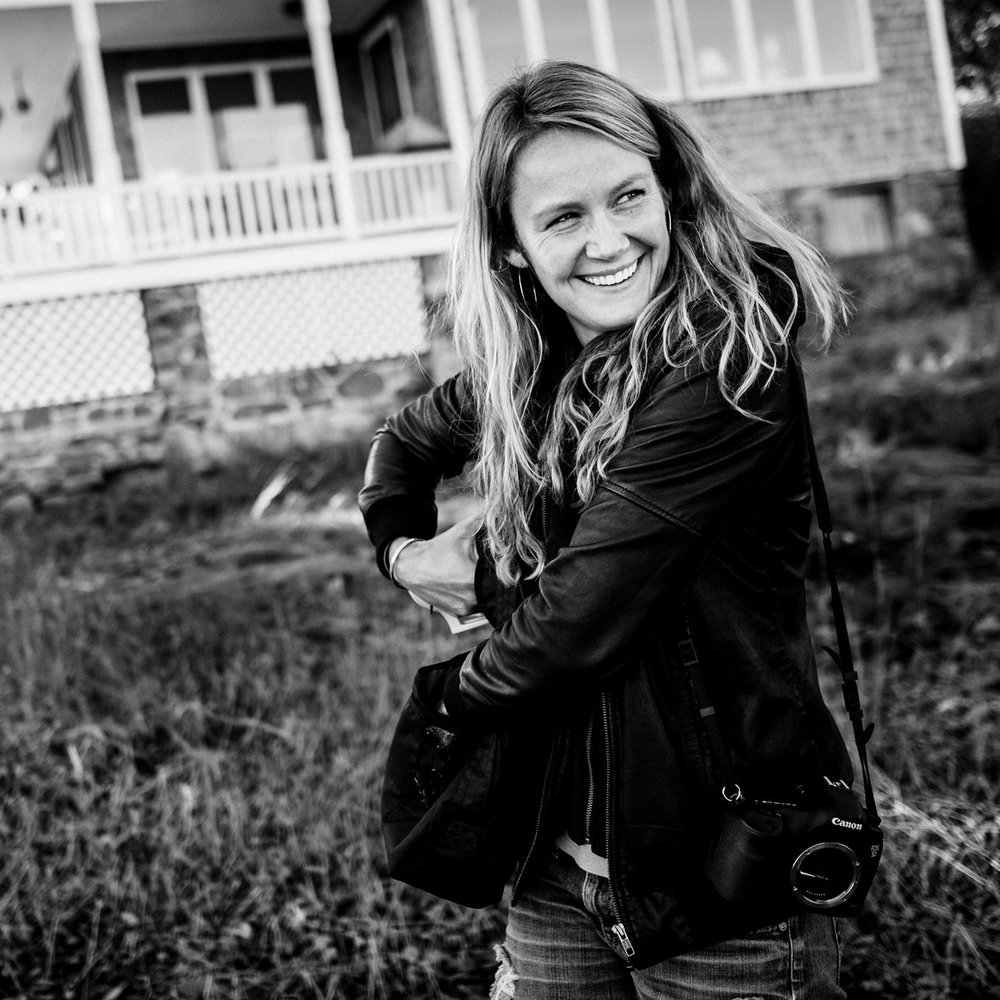 Kari Herer - Kari Hererwww.kariherer.comProfessional Photographer, Artist, Collaborator Kari is going to share the story of her less than traditional part as a professional photographer, and dig into the importance of finding a mentor. Expect: to learn from an alternative thinker