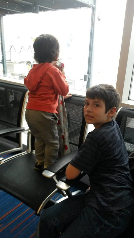 waiting-for-the-plane.jpg