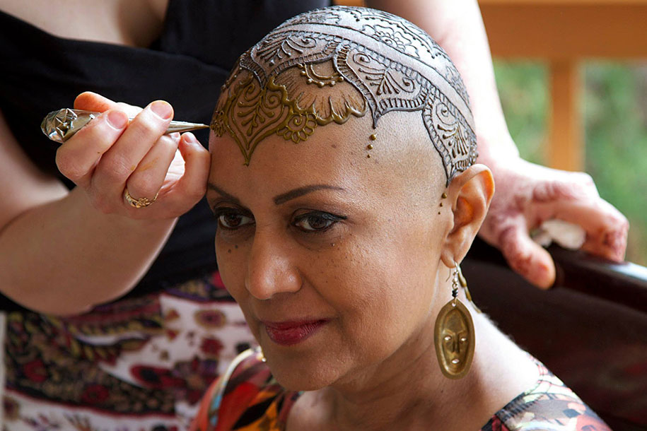 henna-crowns-temporary-tattoo-cancer-patients-henna-heals-1.jpg