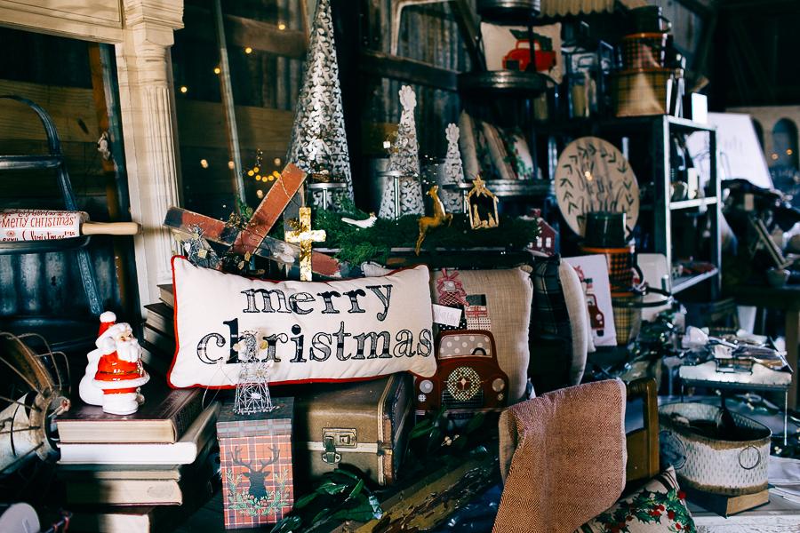 Vintage Barn Sale (1 of 31).jpg