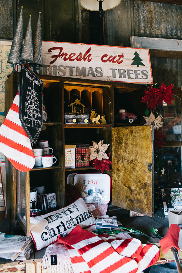 Vintage Barn Sale (7 of 31).jpg