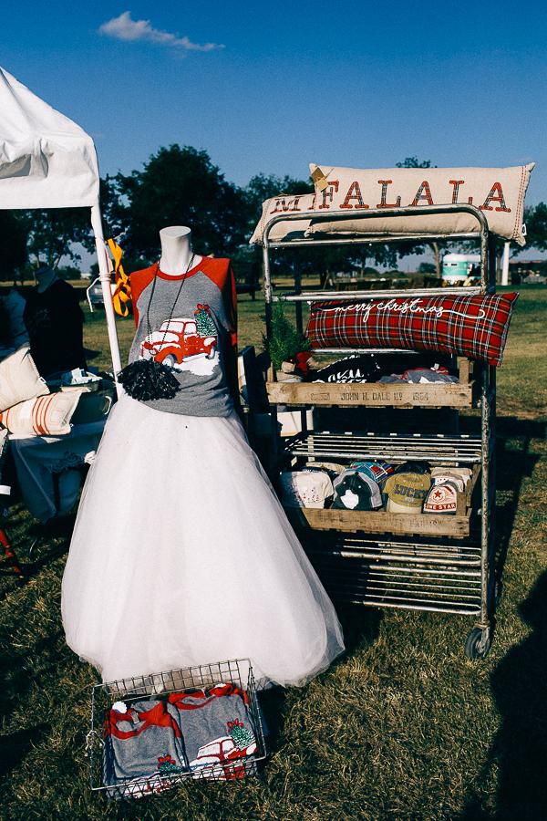 Vintage Barn Sale (13 of 31).jpg