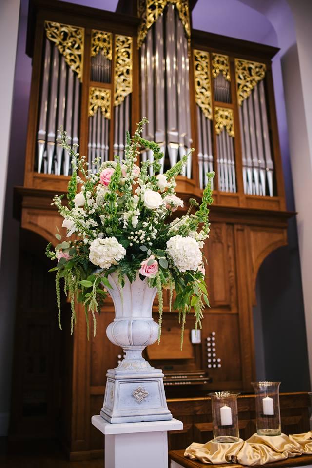 Gross Ceremony Floral 1.jpg