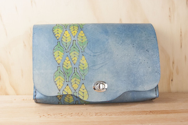 One of Caitlin's clutches -- that you could learn to make!