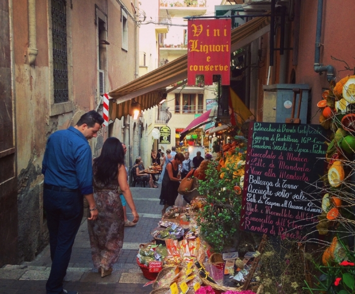Stumbled upon this little market in Sicily, took a lot of willpower not to spend all my pocket change on fresh pasta and prosciutto.