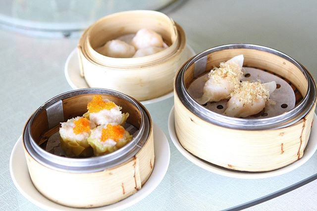 We want (dim) sum of these dumplings made in a @feedthemass cooking class! . Remember to use INSTASUMMER5 for 5% off a class of your choice until the end of July! . . . . . . . #dimsum #dumplings #portland #portlandor #cookingclass #dumpling #oregon #cooking #cookinglove #cookinglife #homemade #bites #eeeeeats #food #foodpics #foodstagram #instafood #asianfood #chinese #chinesefood #cantonese #chinesefood #yum #learntocook #feedfeed #cooktheworld #onthetable #oregonfood #lovetoeat #delicious