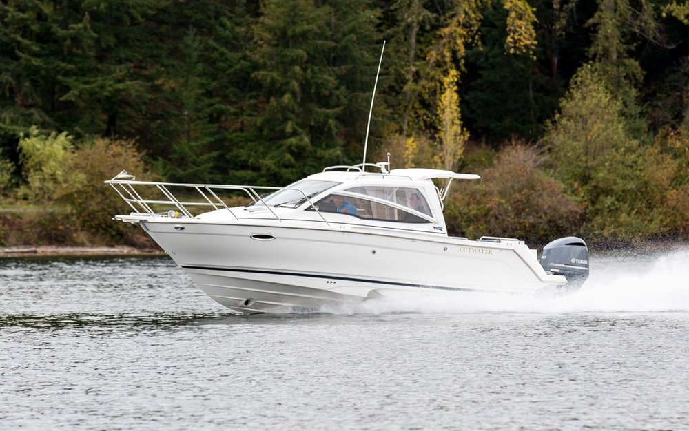 Cutwater-Boats-C-24-sport-coupe-9-vsm-700--N.jpg