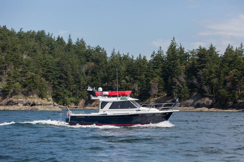 Cutwater-Boats-C-28-6-vsm-850--N.jpg