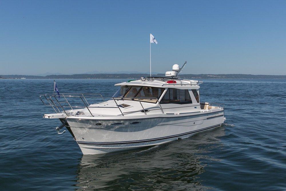 Cutwater-Boats-C-30-s25-vsm-850--N.jpg