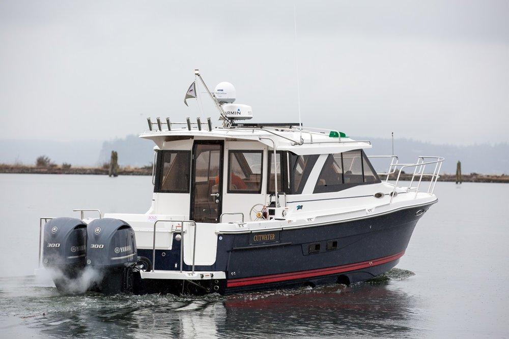 Cutwater-C-302-Coupe-2-vsm-700--N.jpg