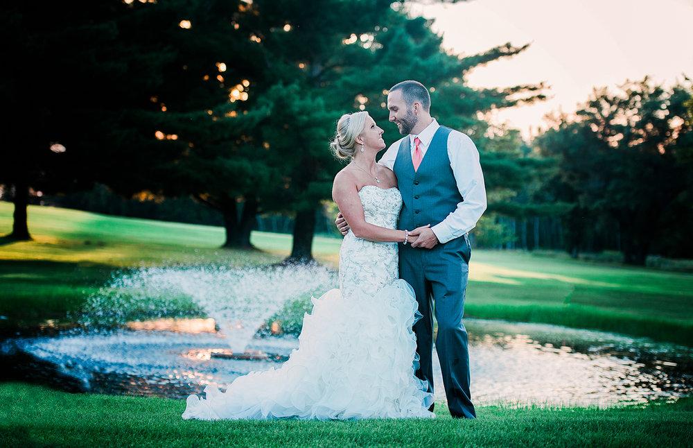 Ruxin John Photography Menomonie WI Wedding Photographer