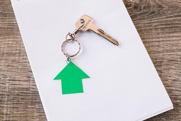 new-house-key-paper_23-2147764250.jpg