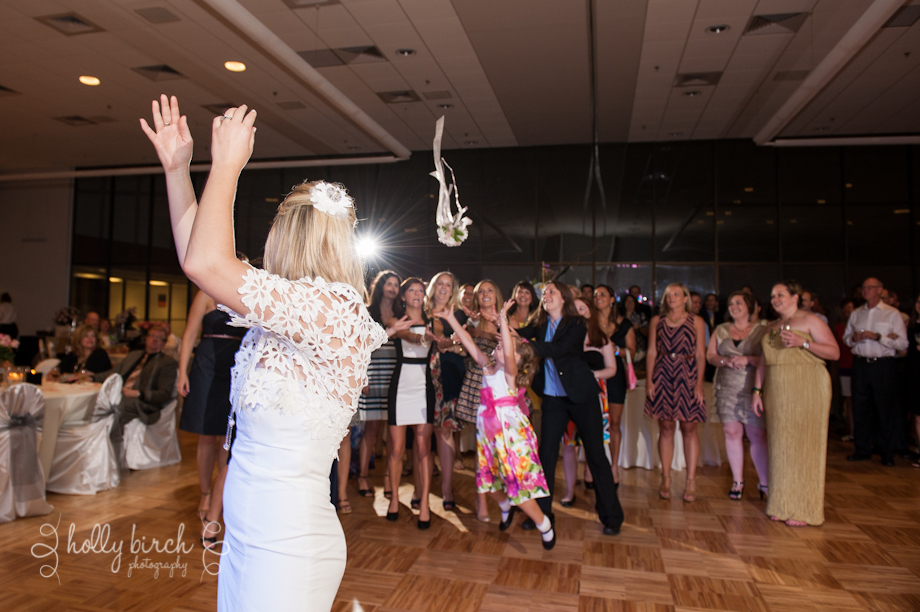 UI ARC wedding bouquet toss