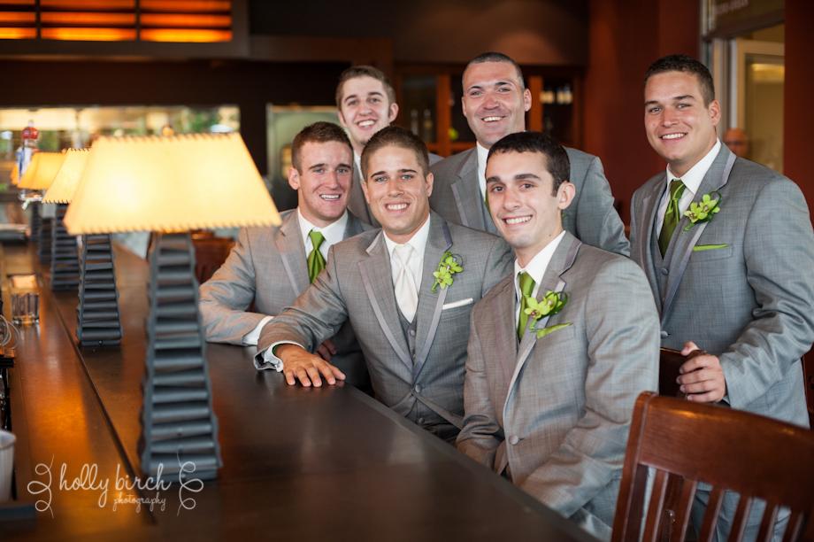 groomsmen Houlihan's bar iHotel