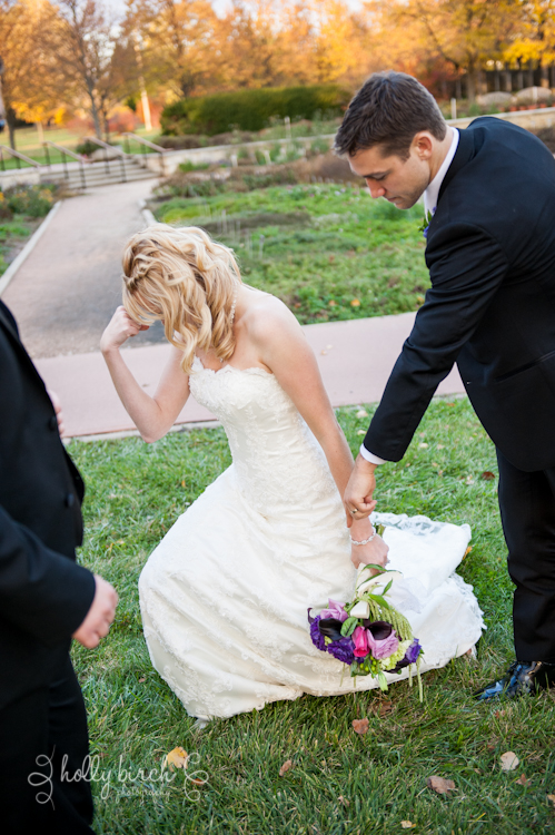 bride doing Tebow