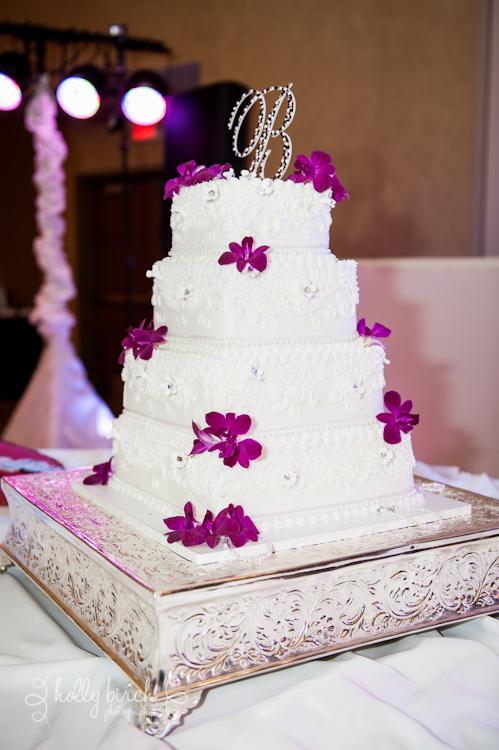 wedding cake Cakes by Lori