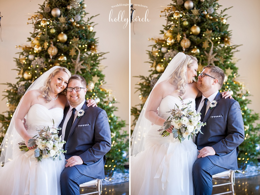 holiday Christmas tree wedding pictures