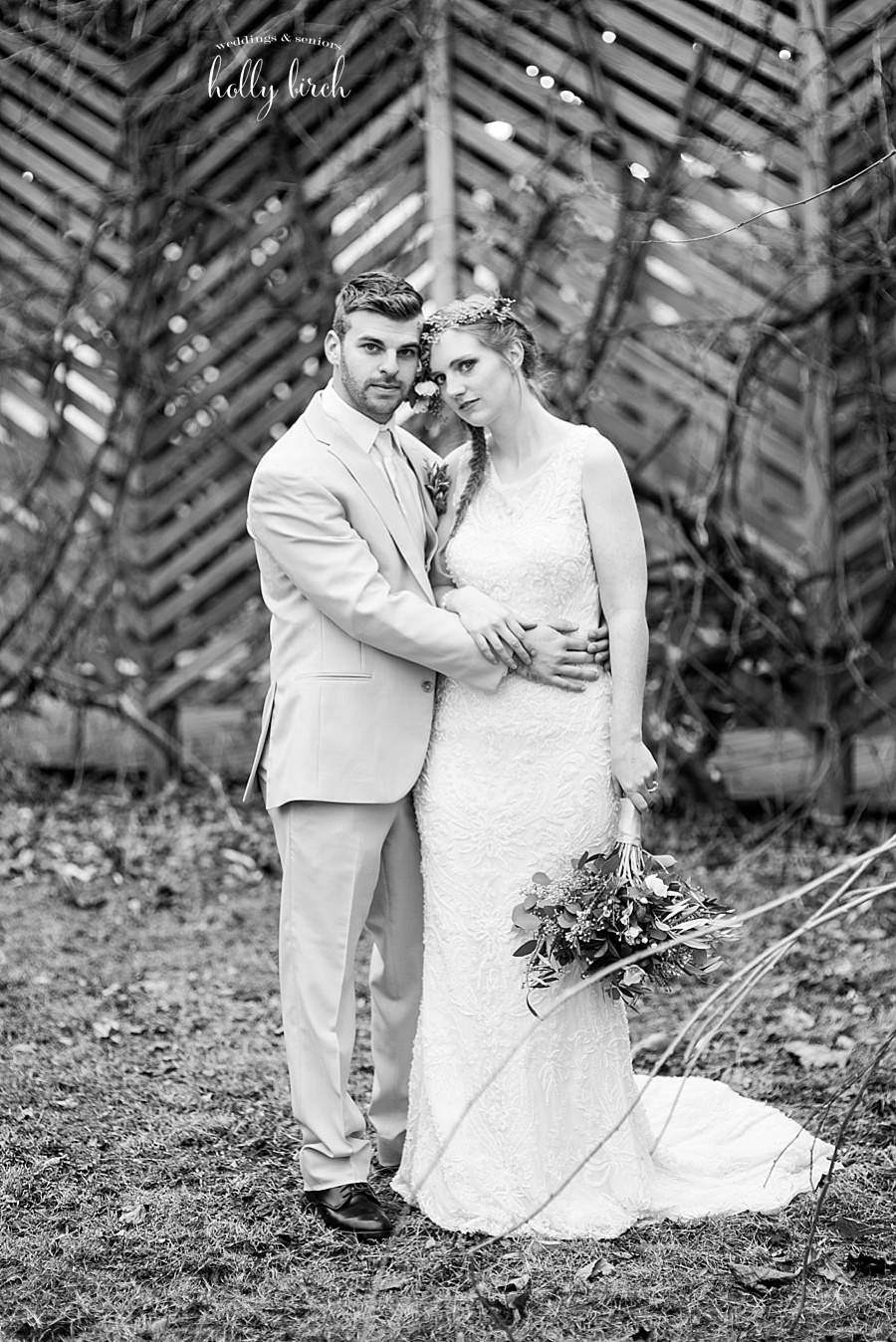 black and white Alto Vineyards wedding