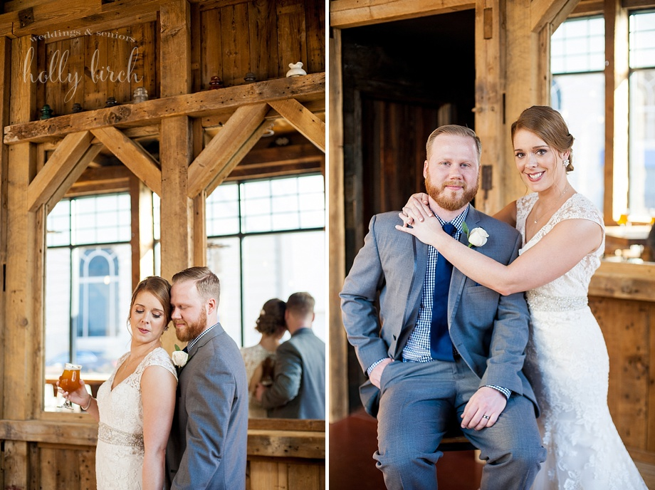 wood decor wedding photos