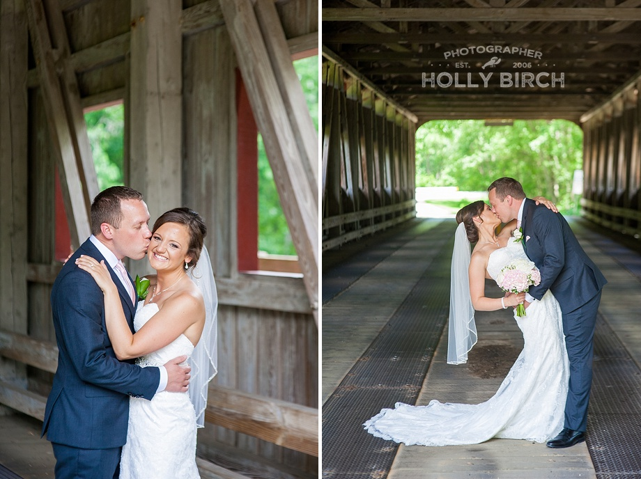 Bride and groom pictures at covered bridge