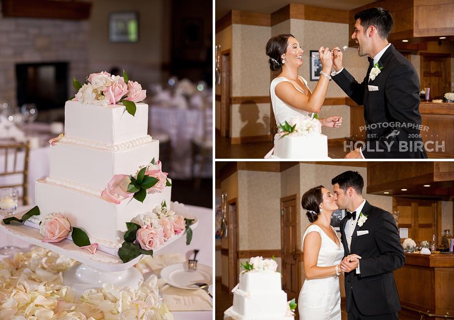 Cakes by Lori cake cutting