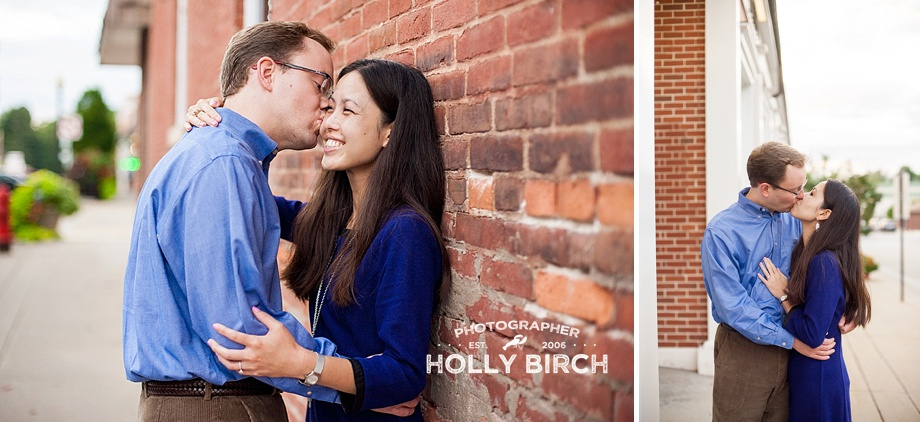 downtown Monticello square engagement photos