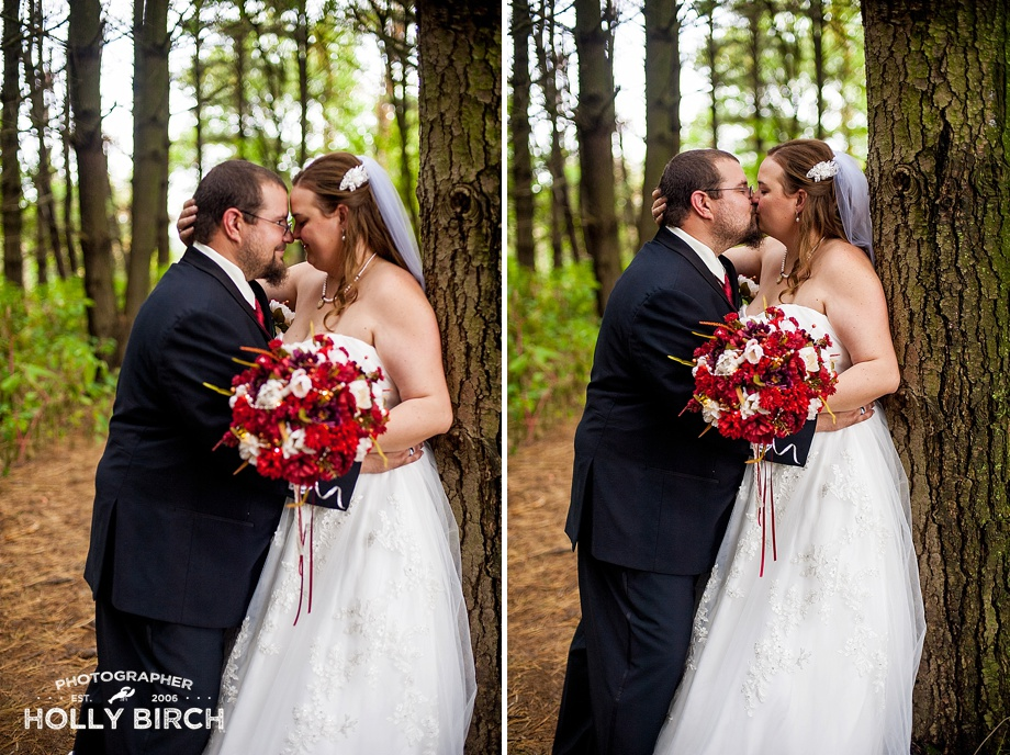 romantic bride and groom pictures in nature preserve