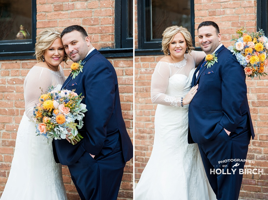wedding couple in navy and white