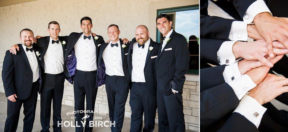 groomsmen tuxes with cufflinks