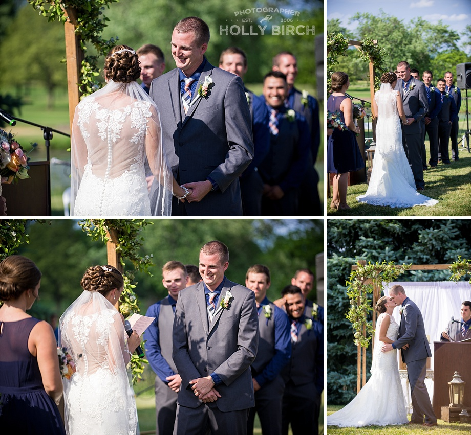 Joliet-Country-Club-navy-blush-wedding-with-succulents_2141.jpg