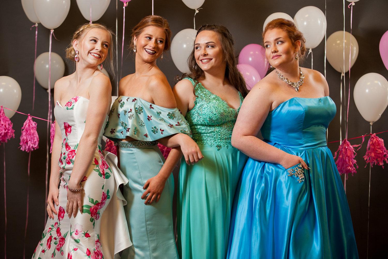 4202b46c350 Prom Dress Guru Crew