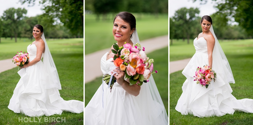 bridal portraits on golf course
