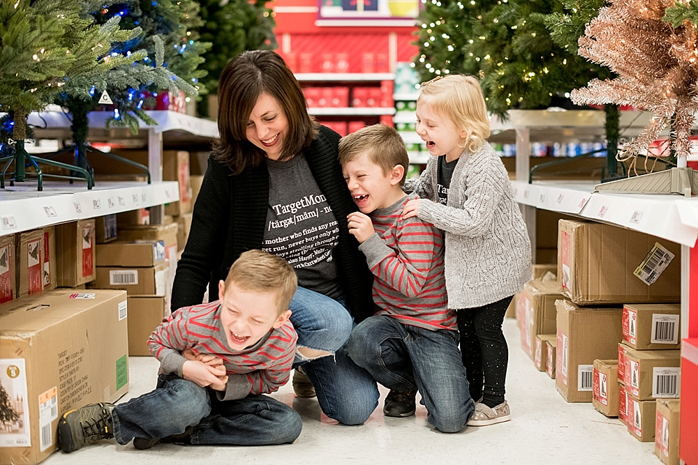 Target-kids-family-holiday-photo-session_4208.jpg