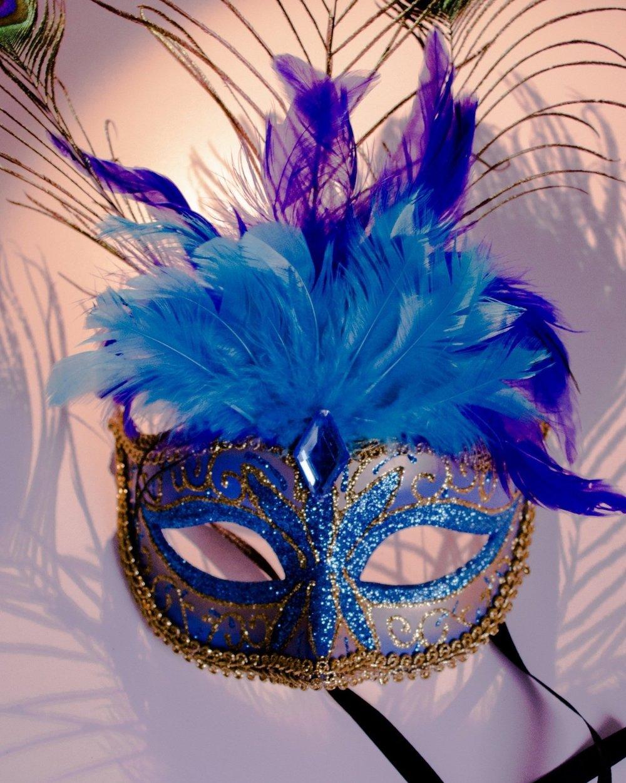 wing-flower-carnival-italy-venice-blue-630956-pxhere.com.jpg