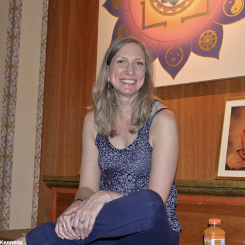 SHELLY - Birth doulaPrenatal yoga teacher