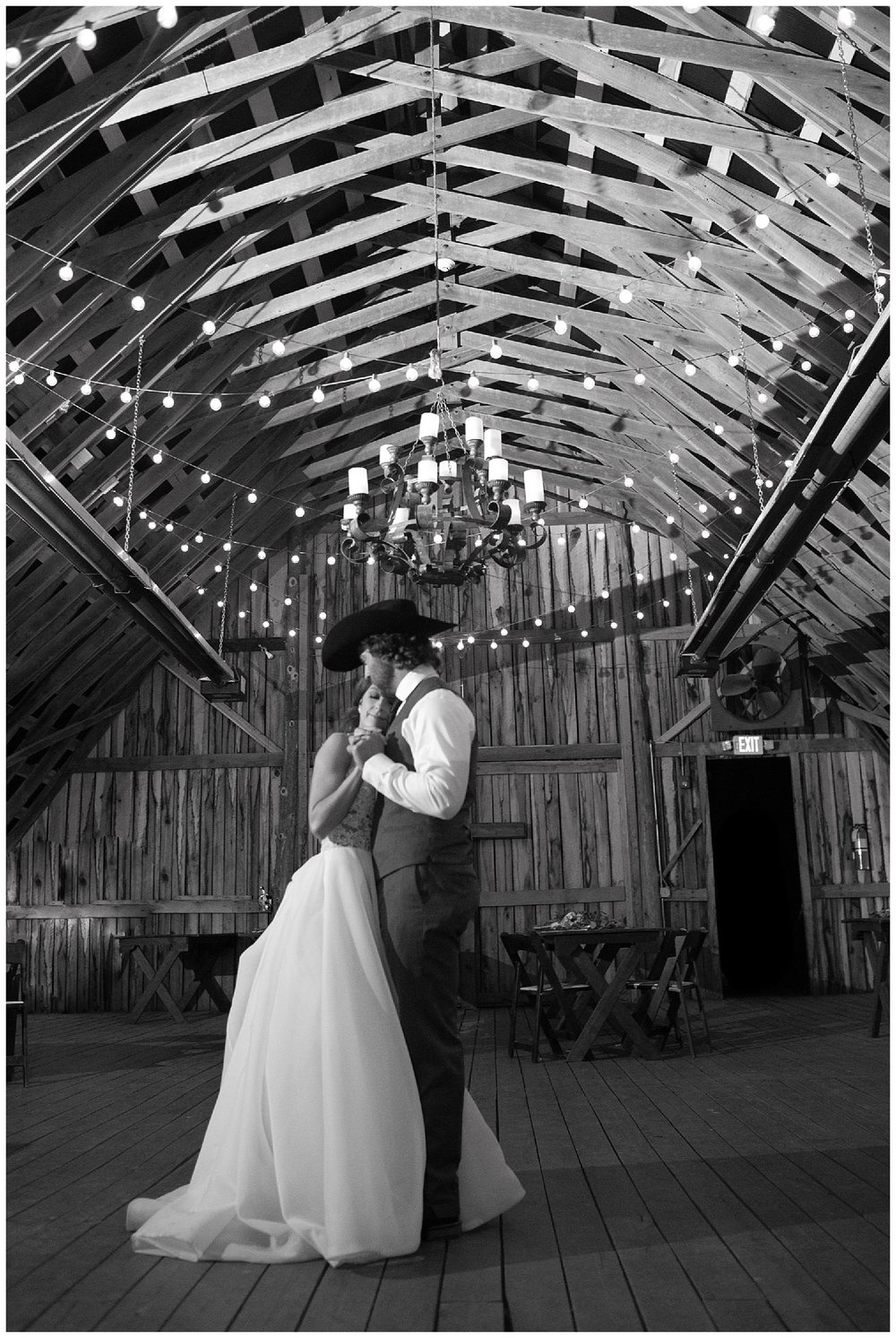 Southern Picture at The Wren's Nest: Nashville Wedding photographers