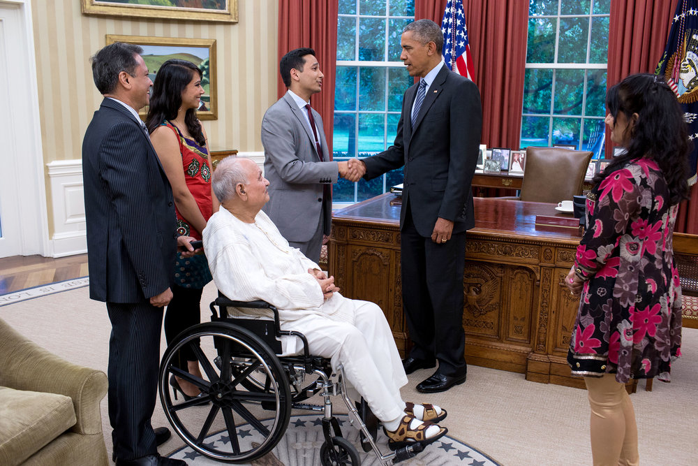 Ashwani Jain and his family meeting President Barack Obama.