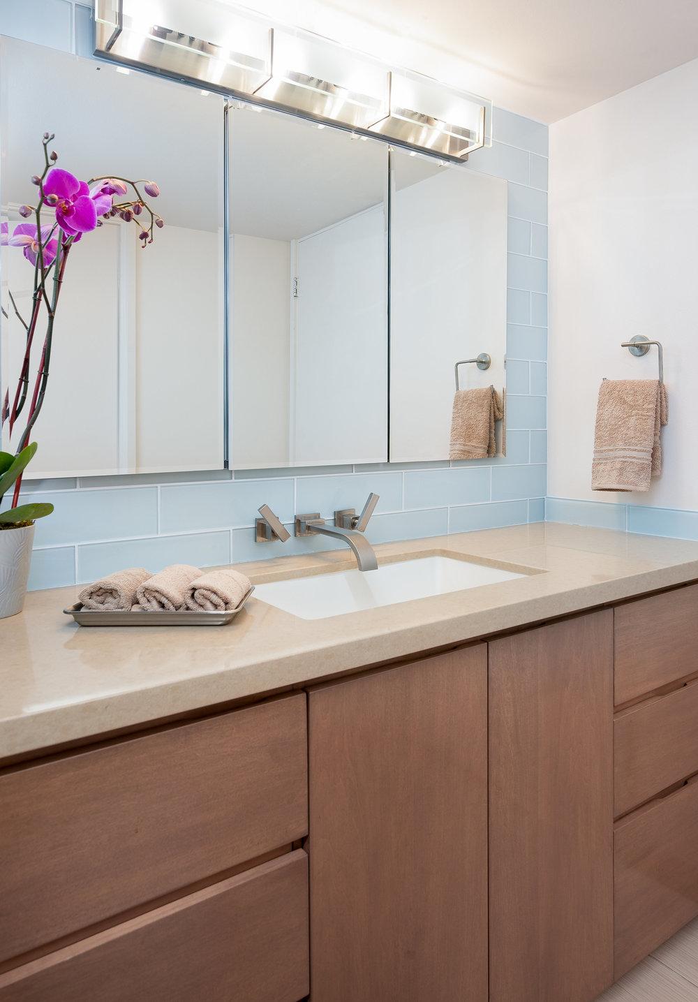 bathroom2-Edit (1).jpg