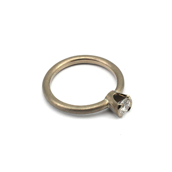 Mel white gold diamond ring  ring 350 v2.jpg
