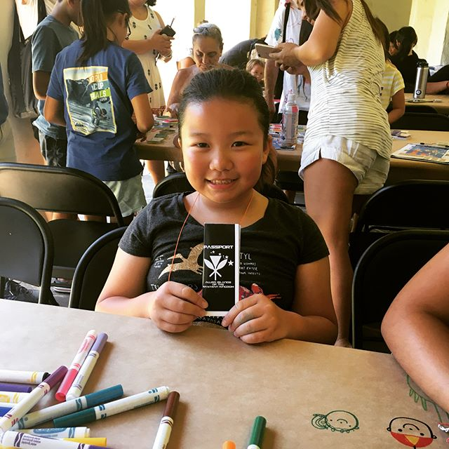 Amazing turnout for the Universe of Islands workshop at Honolulu Museum of Art for the Bank of Hawaii Family Sunday event. . @honolulumuseum . . #helumoa #helumoaart #helumoaartcollective #hawaiiart #hawaiiartists #hawaiiartistscollaboration #communityoutreach #artcollaboration #artistsofhawaii #honoluluart #art #artistsofinstagram #contemporaryart #islandlife #808art #workshoplife #stamps #printmaking #localart #universeofislandsworkshop