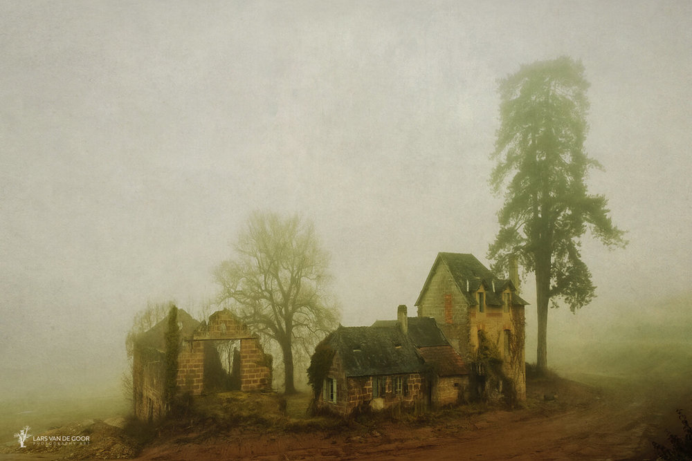 Somewhere in the Dordogne. While driving a busy road in thick fog we noticed these abandoned houses and characteristic trees. Not the most relaxing spot to take pictures when big trucks pass by at half a meter, but hey…that's part of the job ;-)