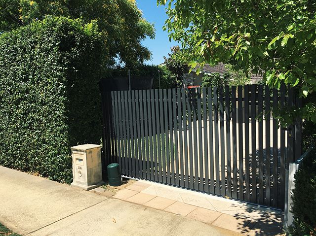 Another one ticked off for the year. 4m aluminium sliding gate.