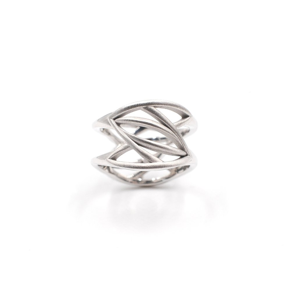 White Leaves Ring |18K white gold