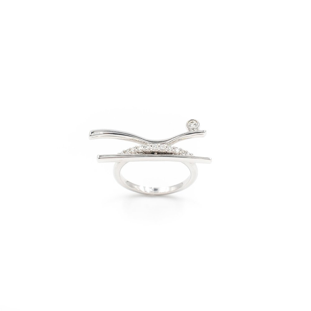 Rio Ring | 18K white gold, diamonds