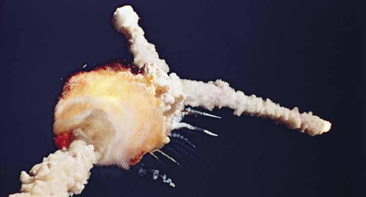 Op i gennem 1980'erne optimerede og effektiviserede NASA sig til en fatal ulykke, nemlig eksplosionen af rumfærgen Challenger i 1986.