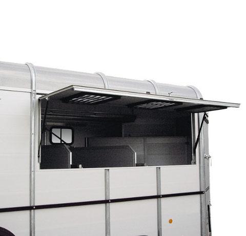 Traveller W2 awning.jpg