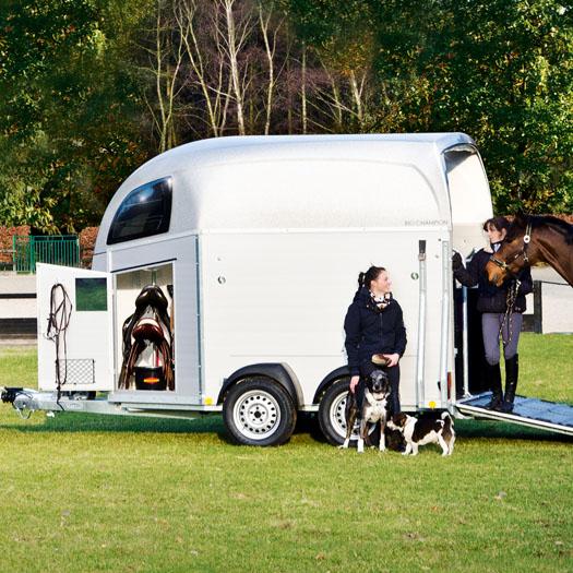 Boeckmann horse floats Champion.jpg