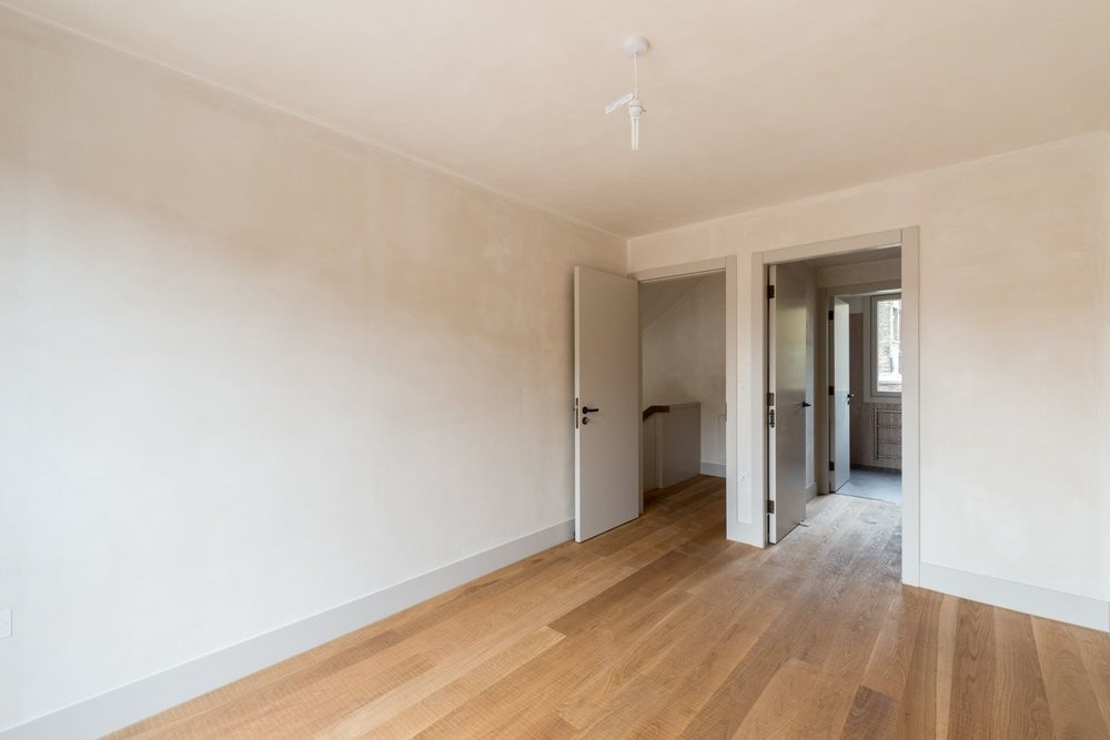 Shepherdess Walk - Apt 2 - Bedroom 2.jpg