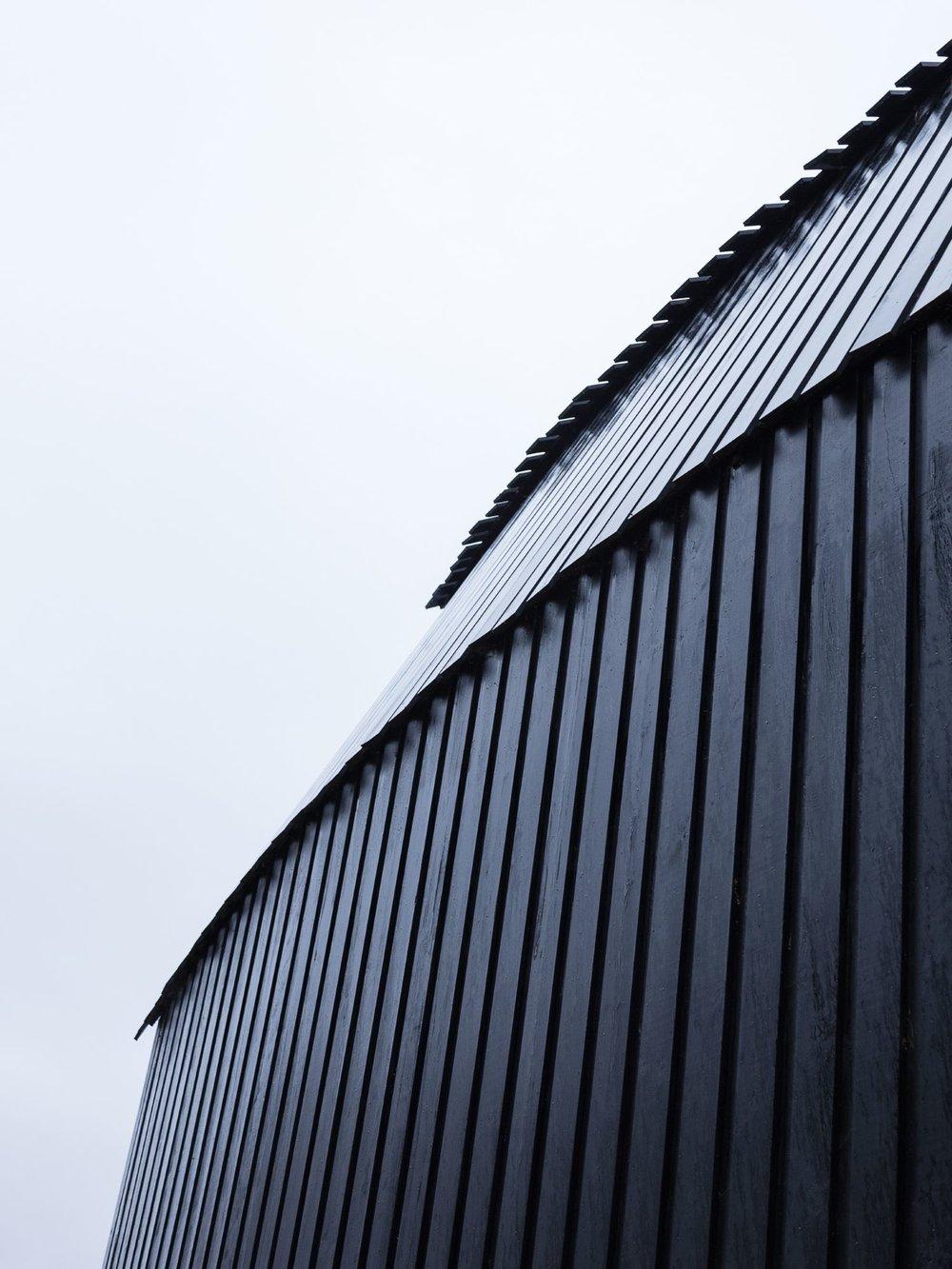 Lake-Drive-Exterior-Roof-compressor.jpg