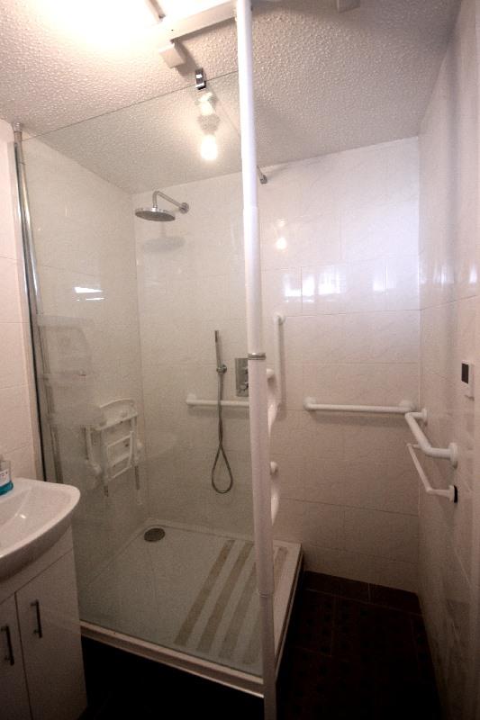 bathroom 2 small.jpg